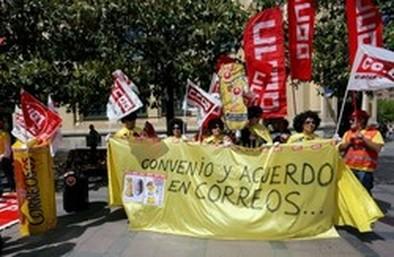 Correos cifra en el 14,4 por ciento el seguimiento de la huelga, mientras que los sindicatos lo elevan al 91%
