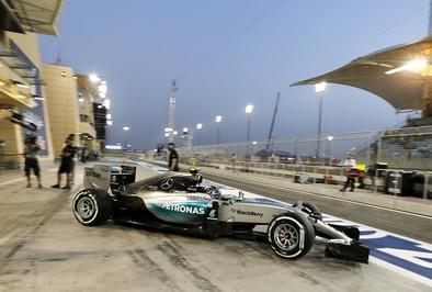 Rosberg aprieta en Sakhir