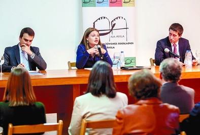 La Asociación de Abogados Jóvenes de Ávila hizo su presentación pública ayer