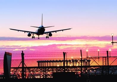 Los controladores aéreos convocan cuatro jornadas de huelga en junio