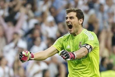 Casillas: «Sigo en el Madrid»