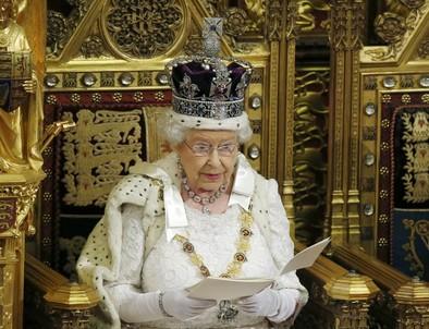 Isabel II oficializa la convocatoria del referéndum sobre la UE en 2017