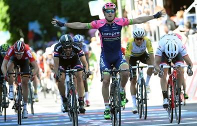 Modolo repite triunfo al sprint