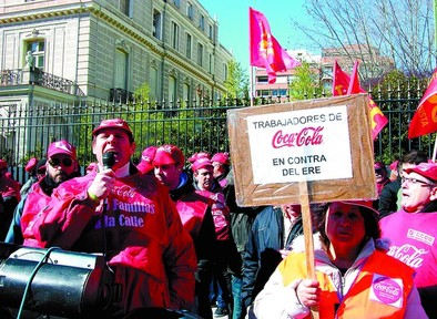 Coca-Cola reabre su planta en Madrid y readmite a los 820 trabajadores
