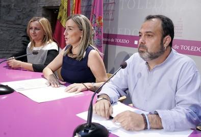 El bipartito dota 48.000 euros para que 250 niños coman en el verano