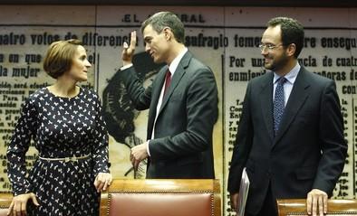 Sánchez reúne a sus 'barones' para unificar los criterios de los pactos