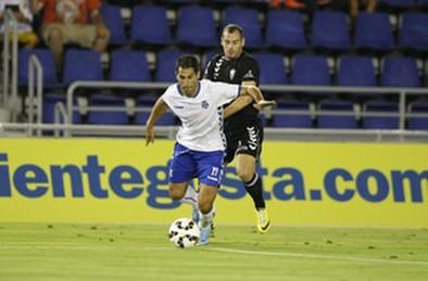 Moyano será baja frente al Alba por sanción y Suso se retiró con molestias