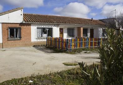 La guardería de Crespos amplía sus horarios y servicios  para atraer más niños