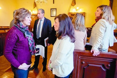 El Ayuntamiento activará políticas de empleo femenino