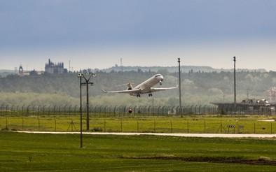 Ir y volver a Barcelona volando cuesta 560 euros públicos