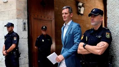 Urdangarín ingresa en la prisión abulense de Brieva