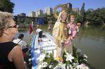 Procesión fluvial en honor de la Virgen del Carmen