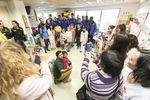 Tanto los jugadores del San Pablo Inmobiliaria Miraflores -imagen- como los del Burgos CF o el UBU Colina Clinic visitaron la unidad de Pediatría del HUBU.