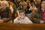 45 bebés son bendecidos en las Candelas