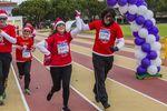 Carrera de la Mujer contra la violencia de Género, crrera de la mujer contral la violencia de genero carrera solidaria, Pilar Zamora y Diego Murillo corriendo