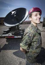 El regimiento de transmisiones nº 1, con base en Castrillo, se ocupa de las telecomunicaciones tácticas del Ejército de Tierra