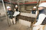 El inminente inicio de las obras de restauración de la capilla del Corpus Christi de la Catedral obliga a trasladar el cofre del Cid.