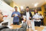 La familia socialista votó en sus primarias eligiendo a pedro Sánchez como secretario general