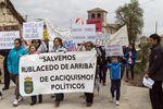En Rublacedo de Arriba se manifiestan los vecinos contra la instalación de una planta embotelladora de agua