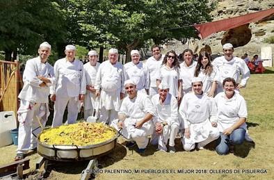 La Gran Paella Ollerense ha celebrado cuarenta años, pasando la tradición de padres a hijos y con la misma ilusión del principio y el apoyo del Ayuntamiento aguilarense y varias entidades.