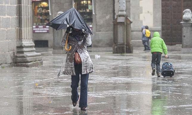 Temporal de viento y lluvia.