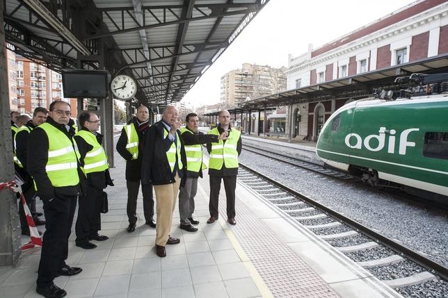 Visita del presidente de Adif a la estación de Palencia.