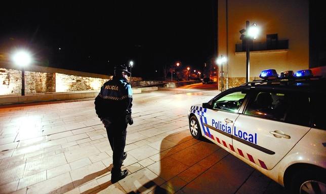 Crean un equipo de 12 policías para erradicar el botellón de San Esteban