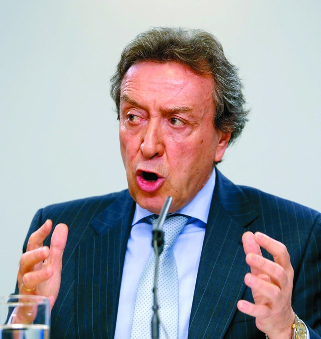 La Junta exige la cabeza del ministro Soria por su «arrogancia» con la minería