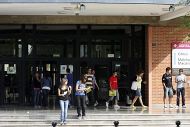 El Campus perdió un millar de alumnos desde el ejercicio 2012