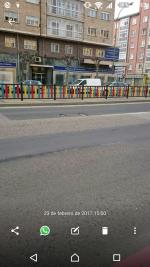 Paso a menudo por la Avenida de Cantabria, a la altura de la Gerencia de Servicios Sociales, y hoy,  23 de febrero, he visto dos socavones en sentido Santander. La calle ha sido recientemente parcheada pero no se ha hecho del todo bien. Junto a los grafittis cercanos, la zona da una imagen de barrio marginal pese a ser uno de los ejes vitales de la ciudad. Lamentable.
