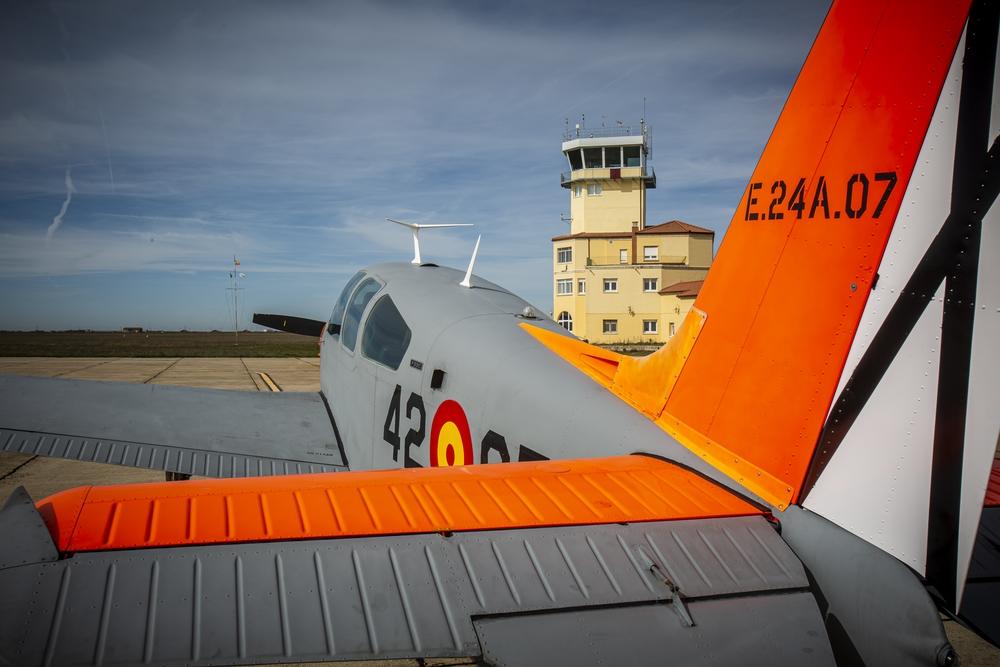 Nueva torre de control del aeropuerto de Villanubla