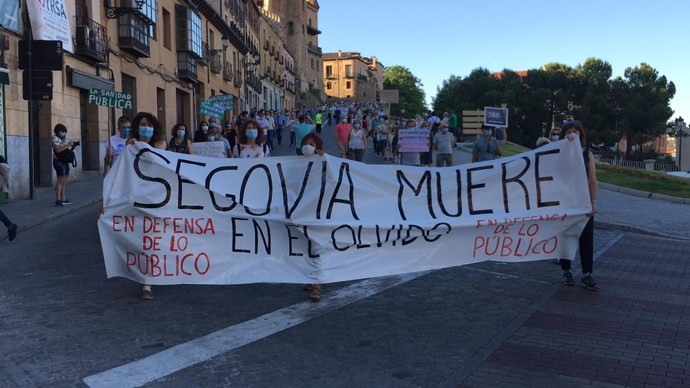 Masiva protesta por las carencias sanitarias en Segovia