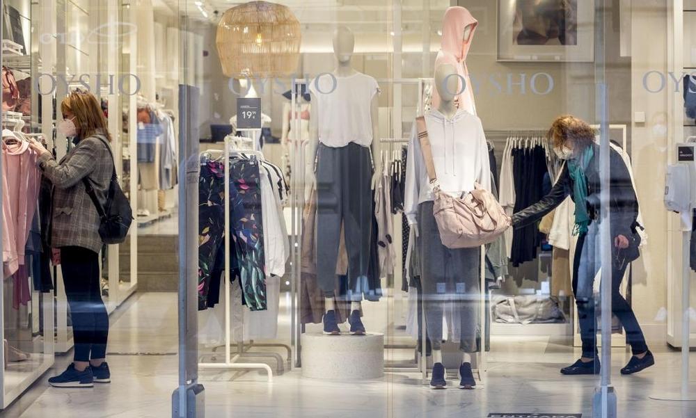 El comercio empieza a notar movimiento de clientes