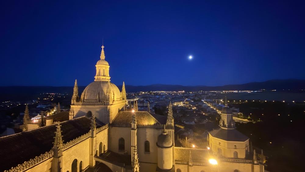 Visita nocturna a la torre de la Catedral de Segovia