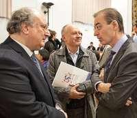 El presidente del CES,Enrique Cabero; el líder de UGT, FaustinoTemprano; y el consejero de Empleo,GermánBarrios, ayer enSalamanca.