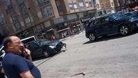 Aparatoso accidente sin heridos en la calle Vitoria
