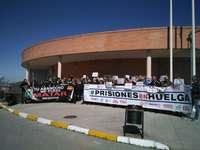 Piden más refuerzos en las prisiones para evitar agresiones