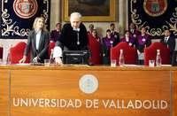 La consejera de Educación, Rocío Lucas, junto al rector Antonio Largo, en la inauguración del curso académico de la Universidad de Valladolid.