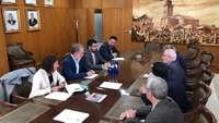 Saravia ofrece colaboración a la Cámara para el comercio