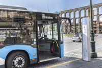 El Ayuntamiento mejorará 9 de las 13 líneas de autobús