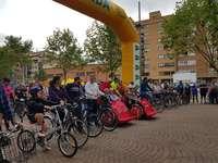Multitudinario paseo en bici por la ciudad
