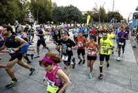 Los corredores de fuera gastaron 140.000 euros en la Maratón
