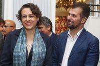La ministra de Trabajo en funciones, Magdalena Valerio, participa en un acto público en León organizado por el PSOE. Junto a ella, el secreterario general del PSCyL, Luis Tudanca.