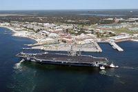 Al menos dos muertos por disparos en una base naval de Florida