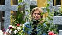 «En los cementerios se aprende a relativizar los problemas