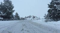 La nieve complica la circulación en Merindades