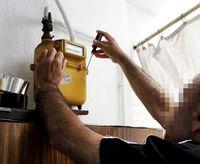 Un año de cárcel por timar con falsas revisiones de gas