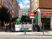 Los trabajadores de DIA continúan con sus protestas