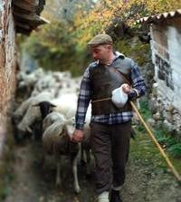 Tolbaños de Arriba se prepara para despedir a sus pastores