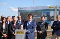 El presidente de la Junta, Fernández Mañueco, interviene antes de recorrer el tramo Zamora-Pedralba de la Pradería de la Línea de Alta Velocidad Madrid-Galicia junto al ministro de Fomento, José Luis Ábalos.